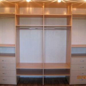 Вместительный шкаф для спальной комнаты SHS-289