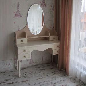 Светлая тумба в спальню с зеркалом TS-092