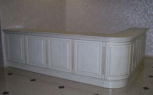 Белый деревянный ресепшн BDR-064