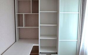 Функциональный шкаф-купе в детскую комнату SHKD-430