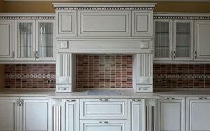 Белая деревянная кухня BDK-002
