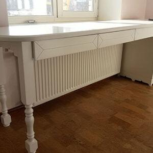 Оригинальный стол для детской SD-402