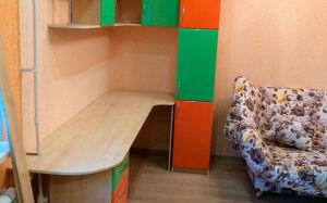 Яркая стенка в детскую комнату SD-358