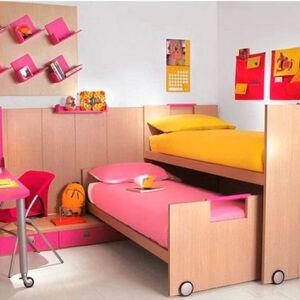 Яркая двухъярусная кровать в детскую DDK-153