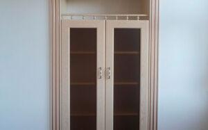 Встроенный шкаф в гостиной VSHG-071