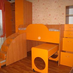 Оригинальная двухъярусная кровать DDK-173