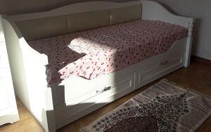 Детская кровать с ящиками для белья DK-400