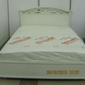 Белая кровать для спальни BKS-088