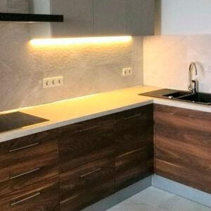 Темная встроенная кухня VK-291