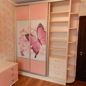 Шкаф в детскую с бабочкой SHD-203