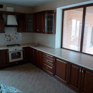 Кухня с рамочным фасадом KRF-045