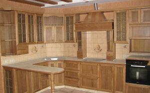 Коричневая кухня из массива KM-190