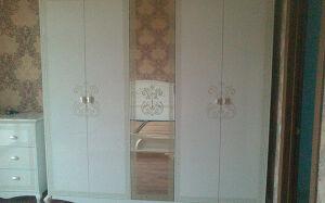Роскошный шкаф в спальню с рисунком SHS-262