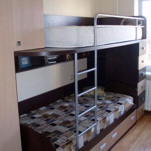 Кровать двухъярусная в детскую комнату DDK-292