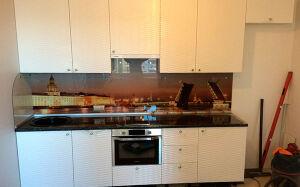 Светлая кухня из эмали с рисунком KE-375
