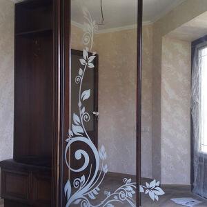 Шкаф-купе в гостиную с рисунком SHKG-105