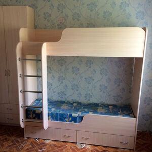 Деревянная двухъярусная кровать DDK-389