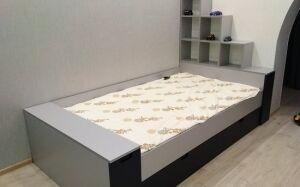Кровать в детскую комнату для мальчика DK-475