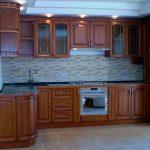 П-образная рамочная кухня