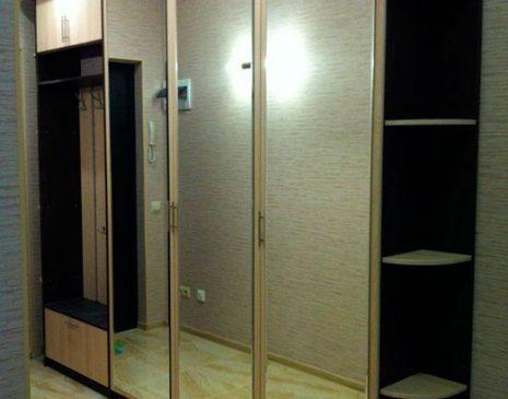 Стильный шкаф-купе для прихожей SHKP-121