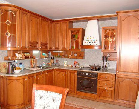 Удобная деревянная кухня KD-193