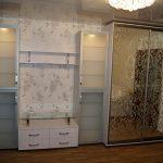 Стильный шкаф-купе в гостиную