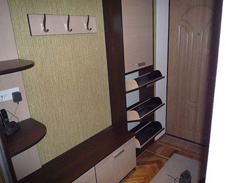 Вместительная обувница для прихожей OP-228