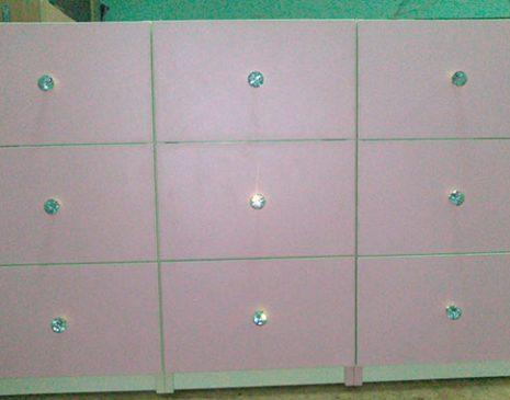 Мебель для магазинов в розовых тонах MM-258