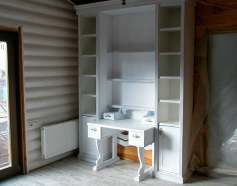 Компактный шкаф в спальную комнату SHS-288