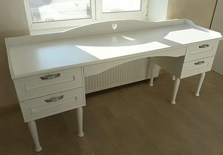 Письменный стол с тумбами в детскую комнату SD-403
