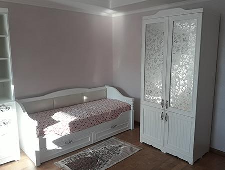 Светлая модульная мебель для детской комнаты DMM-411