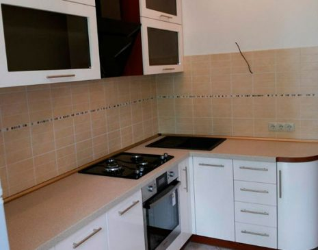 Черно-белая модульная кухня MK-318