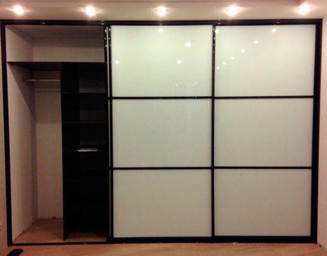 Вместительный шкаф-купе для прихожей SHKP-365
