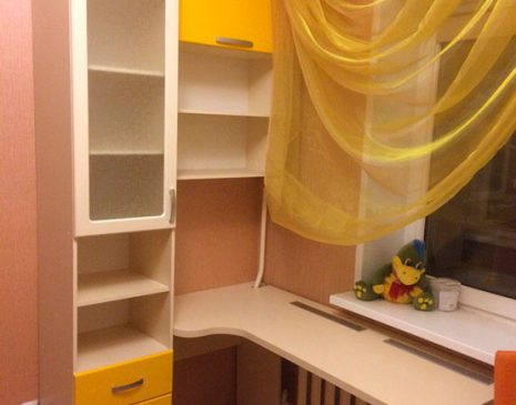 Яркая модульная мебель в детскую комнату DMM-381